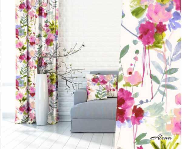 Zasłona w kwiaty do sypialni